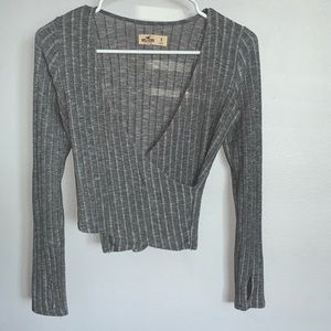 Hollister grey long sleeve shirt